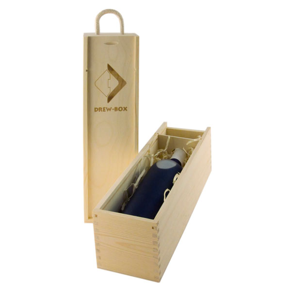 1S wooden box for wine